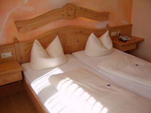 Doppelzimmer für 2 Personen (14 m²) ab 106 € in Weißenhorn