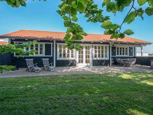 Ferienhaus für 8 Personen (106 m²) ab 111 € in Aabenraa