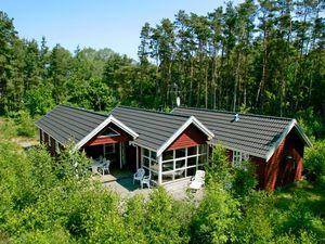 Ferienhaus für 10 Personen (120 m²) ab 67 € in Aakirkeby