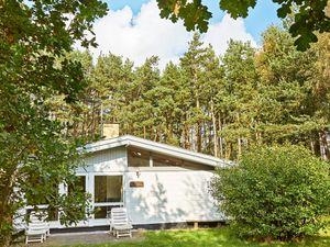 Ferienhaus für 6 Personen (90 m²) ab 54 € in Aakirkeby