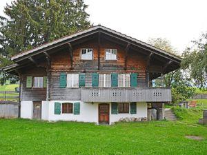 Ferienhaus für 5 Personen ab 117 € in Aeschi bei Spiez