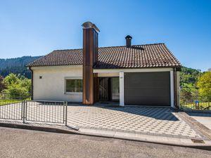 Ferienhaus für 15 Personen ab 92 € in Alpirsbach