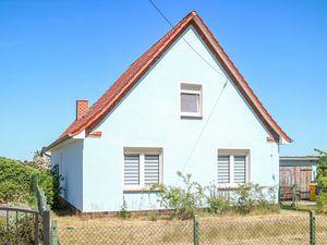 Ferienhaus für 6 Personen (87 m²) ab 99 € in Alt Bukow