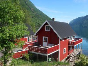 Ferienhaus für 5 Personen (73 m²) ab 54 € in Arnafjord
