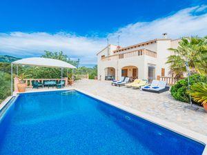 Ferienhaus für 10 Personen (270 m²) ab 235 € in Artà