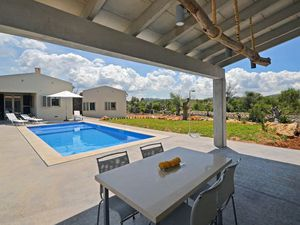 19895571-Ferienhaus-6-Artà-300x225-5
