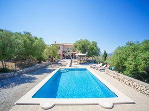 Ferienhaus für 10 Personen (300 m²) ab 290 € in Artà