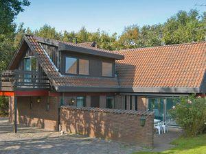 Ferienhaus für 8 Personen (304 m²) ab 173 € in Asperup