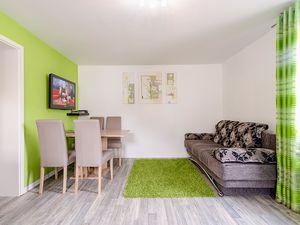 21864603-Ferienhaus-4-Baabe-300x225-1