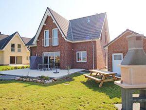 18660541-Ferienhaus-8-Baabe-300x225-4