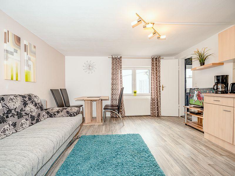 21864605-Ferienhaus-4-Baabe-800x600-1