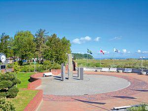 21864605-Ferienhaus-4-Baabe-300x225-12