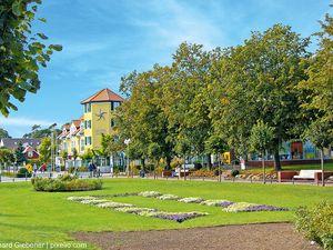 21864605-Ferienhaus-4-Baabe-300x225-14