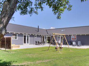 Ferienhaus für 16 Personen (270 m²) ab 165 € in Bagenkop