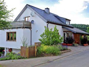 Ferienhaus für 8 Personen (160 m²) ab 112 € in Balesfeld