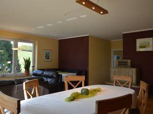 19341126-Ferienhaus-8-Balesfeld-300x225-6