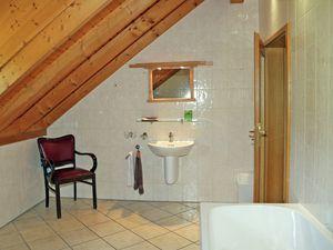 19341126-Ferienhaus-8-Balesfeld-300x225-24