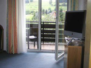 22252469-Ferienhaus-6-Bann-300x225-5
