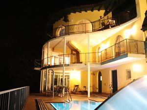 Ferienhaus für 6 Personen (200 m²) ab 280 € in Bee