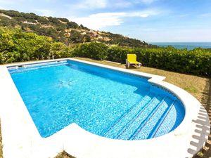 Ferienhaus für 6 Personen (240 m²) ab 272 € in Begur