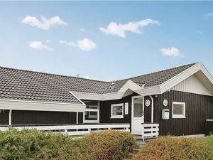 Ferienhaus für 8 Personen (93 m²) ab 67 € in Bjert