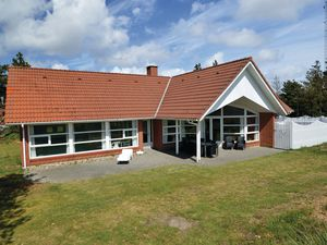 Ferienhaus für 8 Personen (201 m²) ab 54 € in Blåvand