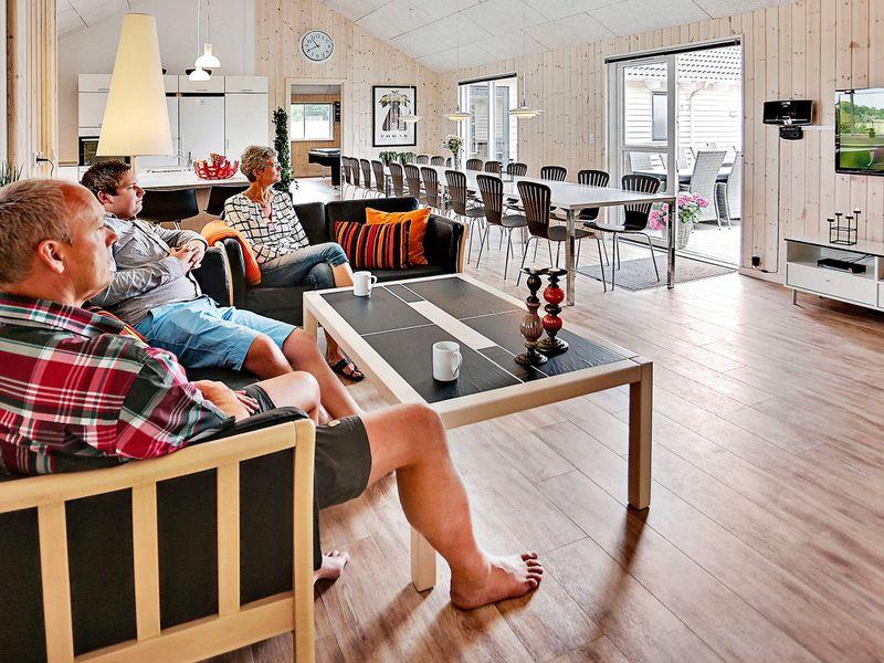 18195196-Ferienhaus-22-Bogense-800x600-2