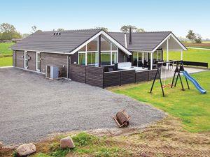 Ferienhaus für 14 Personen (194 m²) ab 156 € in Bogense