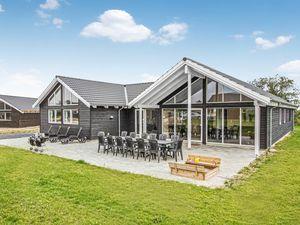 Ferienhaus für 16 Personen (250 m²) ab 132 € in Bogense