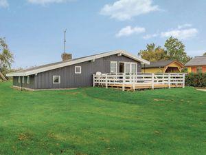 Ferienhaus für 8 Personen (132 m²) ab 82 € in Bogense