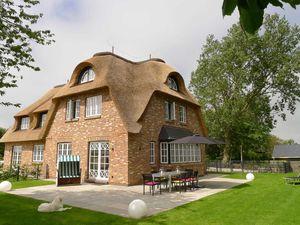 Ferienhaus für 6 Personen (120 m²) ab 125 € in Borgsum
