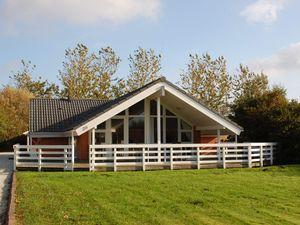Ferienhaus für 8 Personen (118 m²) ab 51 € in Bork Havn
