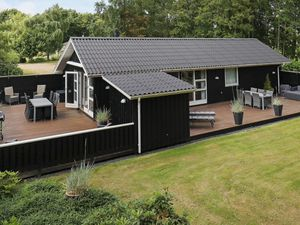 Ferienhaus für 6 Personen (80 m²) ab 76 € in Bork Havn