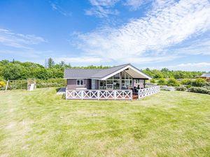 Ferienhaus für 10 Personen (129 m²) ab 97 € in Bork Havn