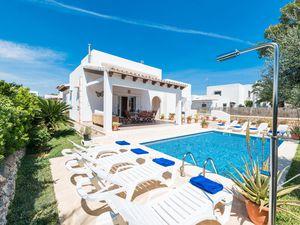 Ferienhaus für 8 Personen (316 m²) ab 244 € in Cala d'Or