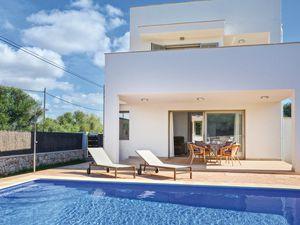 Ferienhaus für 4 Personen (95 m²) ab 139 € in Cala Llombards