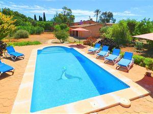 Ferienhaus für 6 Personen (200 m²) ab 135 € in Cala Llombards