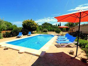 Ferienhaus für 7 Personen ab 105 € in Cala Llombards