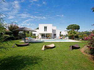 Ferienhaus für 9 Personen (200 m²) ab 503 € in Calvi