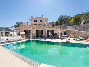 Ferienhaus für 12 Personen (550 m²) ab 1.310 € in Calvia