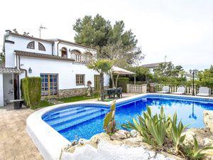 Ferienhaus für 9 Personen ab 207 € in Castellet i la Gornal