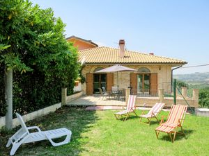 Ferienhaus für 4 Personen (75 m²) ab 71 € in Collecorvino
