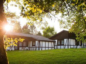 Ferienhaus für 5 Personen (75 m²) ab 128 € in Daun