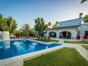 Ferienhaus für 14 Personen (300 m²) ab 220 € in Dénia