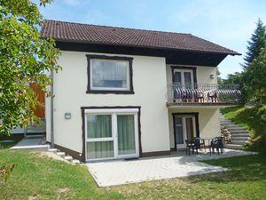 Ferienhaus für 8 Personen (100 m²) ab 137 € in Dittishausen