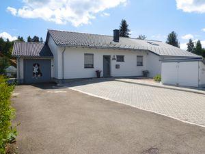 Ferienhaus für 4 Personen (68 m²) ab 99 € in Dittishausen