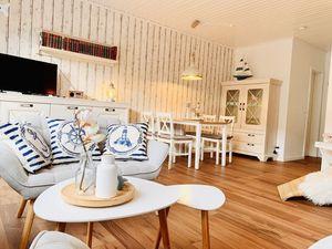 Ferienhaus für 4 Personen (72 m²) ab 93 € in Ditzum