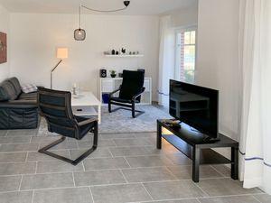Ferienhaus für 4 Personen (115 m²) ab 103 € in Ditzum