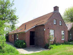 Ferienhaus für 6 Personen (75 m²) ab 80 € in Ditzum