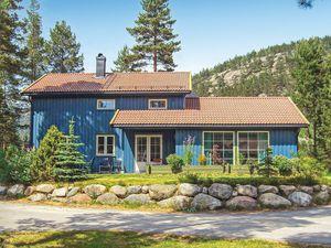 Ferienhaus für 10 Personen (180 m²) ab 94 € in Dølemo